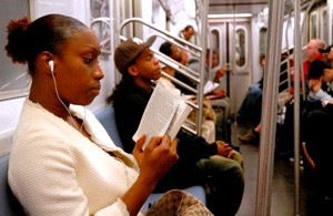 liseuse métro